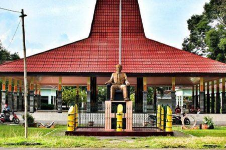 Wisata Sejarah Monumen Dr Soetomo Nganjuk Kab