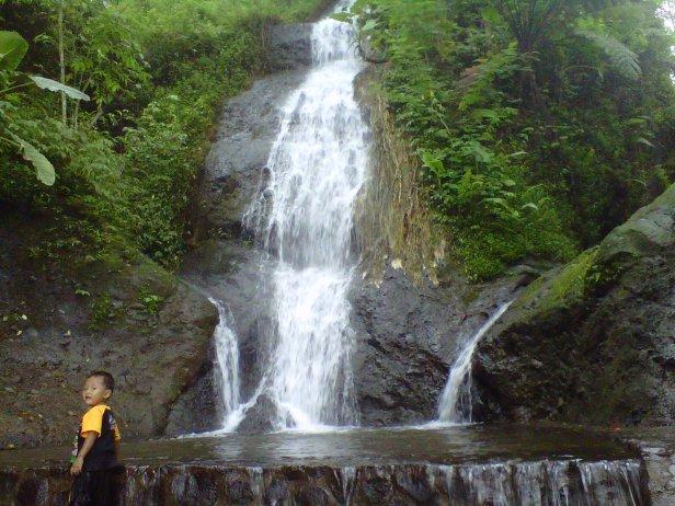 7 Wisata Indah Kota Nganjuk Disbudparda Air Terjun Roro Kuning