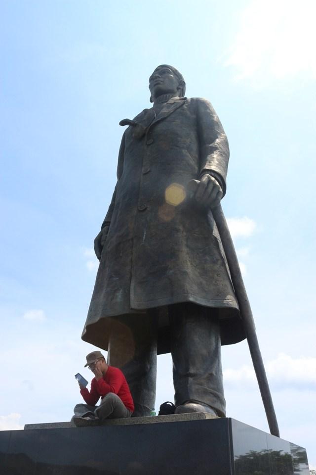 Monumen Jenderal Besar Indonesia Terlupakan Traveling Yuk Patung Sudirman Foto