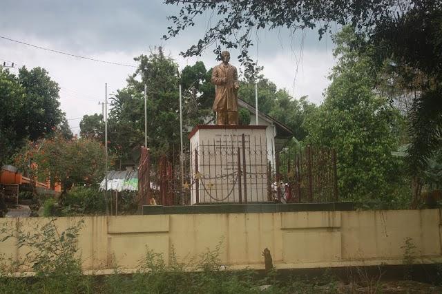 Monumen Jendral Sudirman Kabupaten Nganjuk Kota Anginku Desa Bajulan Kecamatan