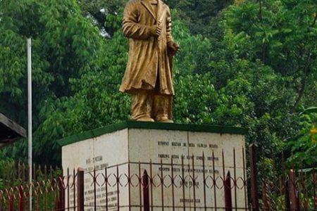 Obyek Wisata Sejarah Monumen Jenderal Sudirman Nganjuk Geriliya Kab