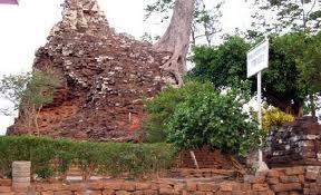 Sekilas Rahasia Pariwisata Nganjuk Wisatanesia Candi Lor Bangunan Terbuat Batu