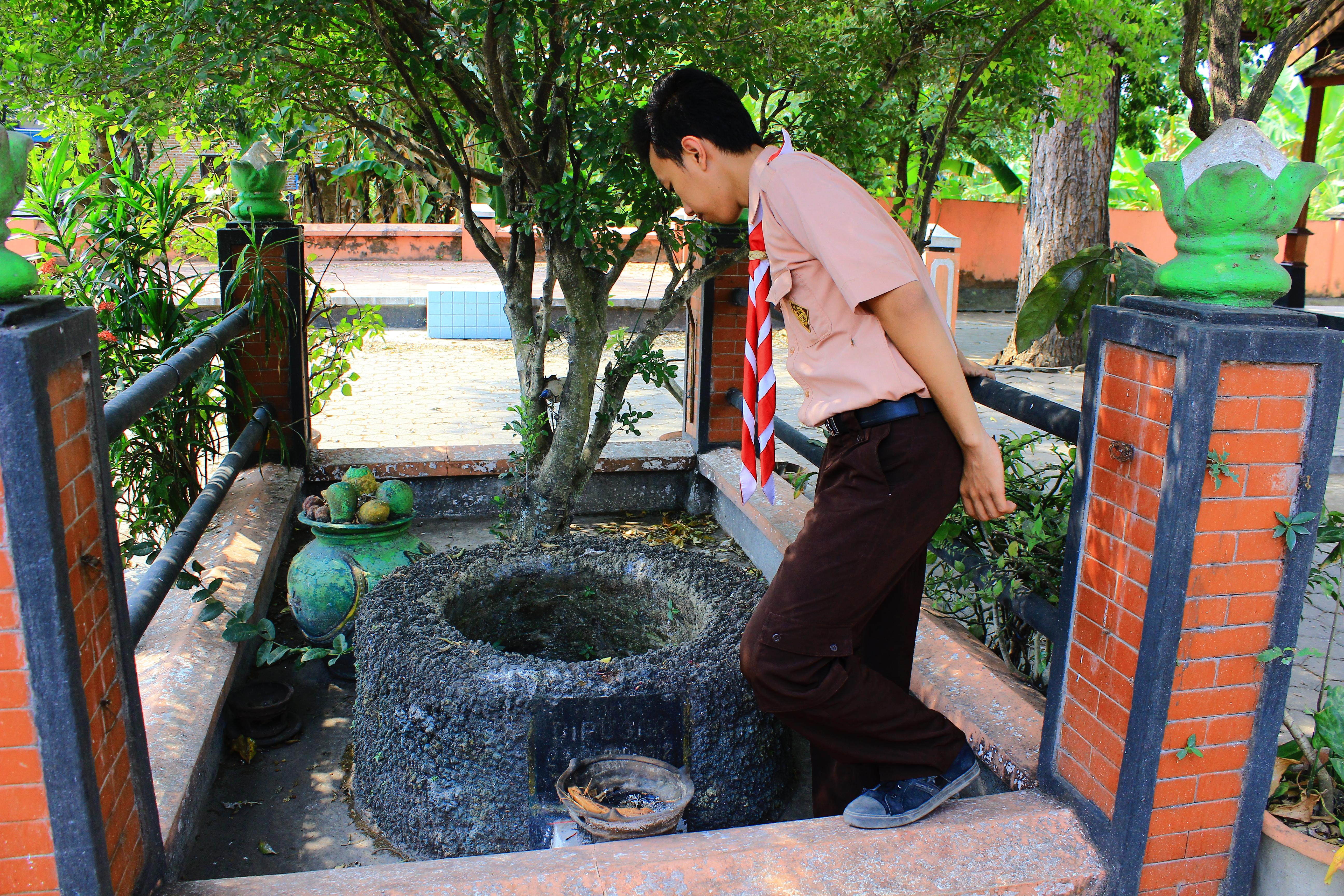 Padepokan Langen Tayub Anjuk Ladang Museum Online Kabupaten Nganjuk Sumur