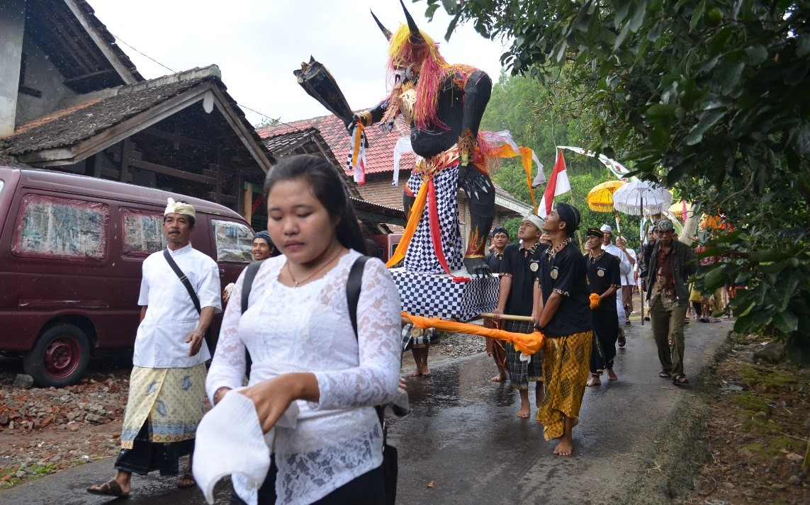Umat Hindu Nganjuk Sambut Nyepi Kapolres Ikut Bakar Ogoh Desa