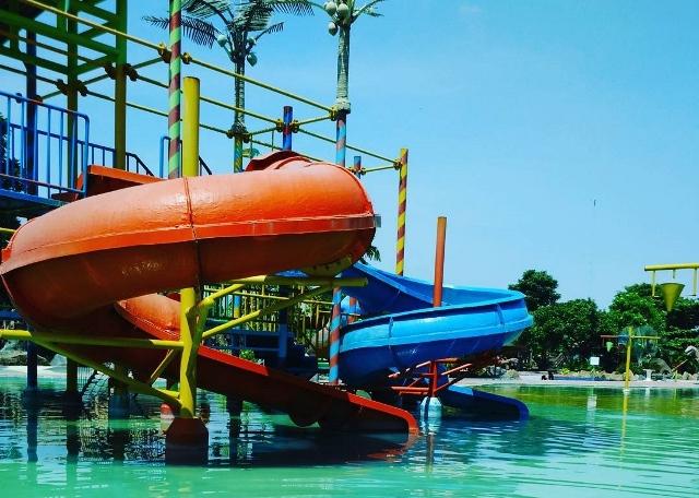 22 Tempat Wisata Nganjuk Terkenal Indah Legend Water Park Taman