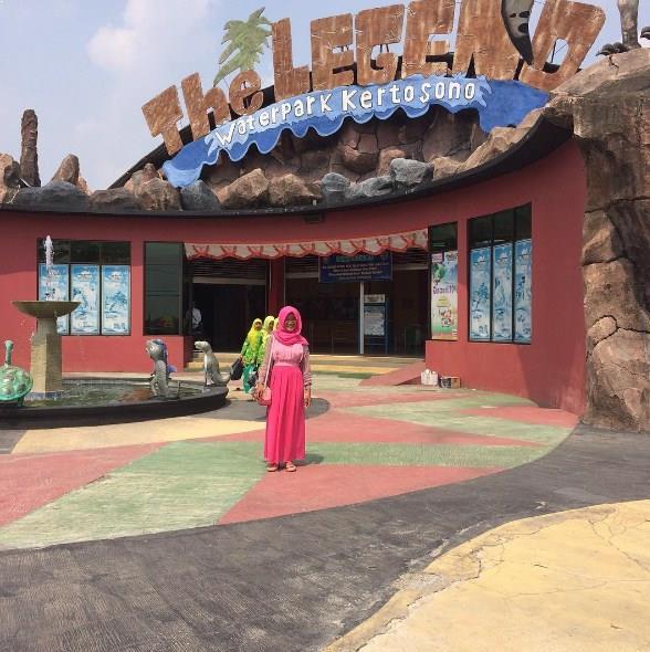 Berwisata Keluarga Legend Waterpark Kertosono Tiket Masuk Jam Buka Taman