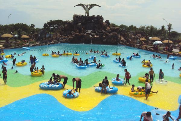 Serunya Bermain Air Legend Waterpark Kertosono Reresepan Taman Kab Nganjuk