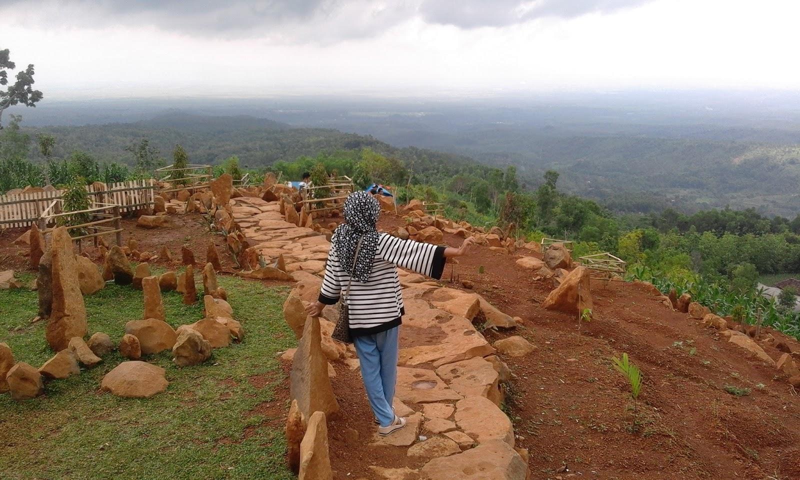 Bukit Batu Margopatut Wisata Kabupaten Nganjuk Berikut Dokumentasi Petualang Penulis
