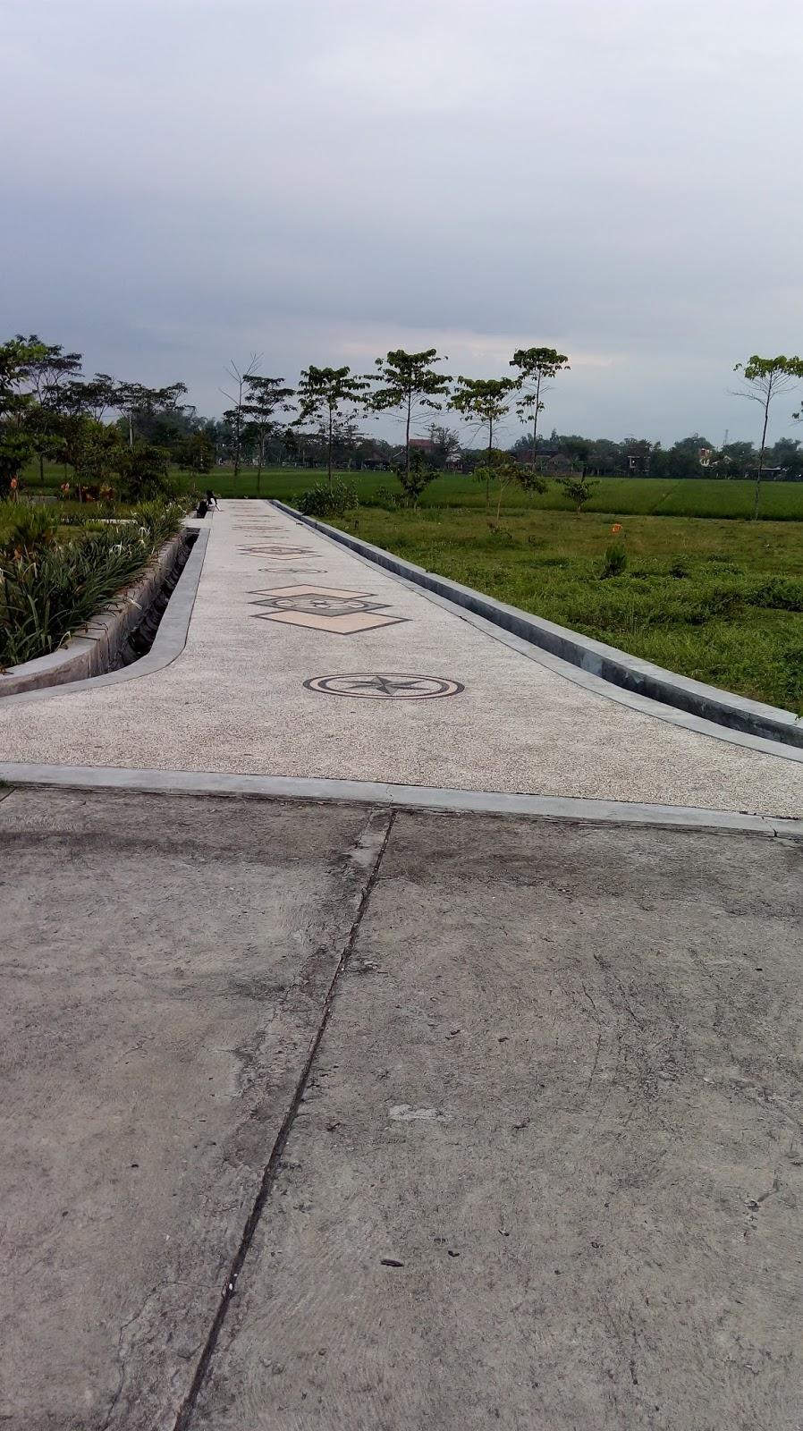 Nodiwa Sore Indah Taman Pandan Wilis Kabupaten Nganjuk Terlihat Cukup