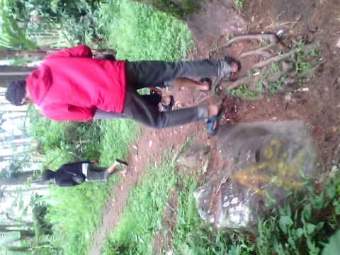 Petualanganku Gunung Ngawi Air Terjun Teleng Youtube Kab
