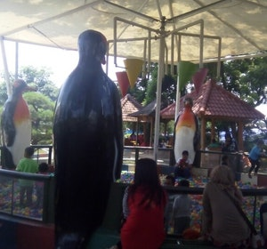 Alamat Alun Ngawi Jl Yos Sudarso Caripeta Kab