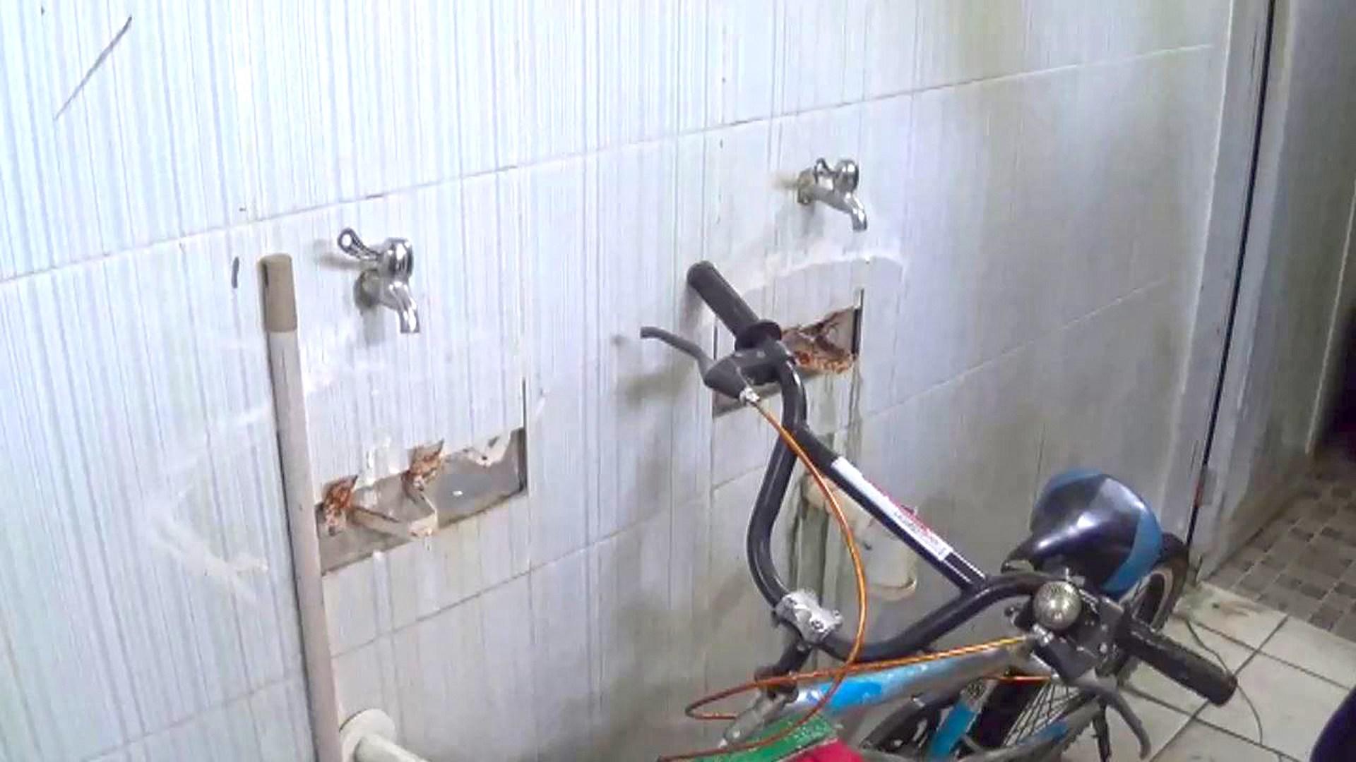 Duh Toilet Alun Ngawi Jadi Gudang Kab Sejumlah Kawasan Merdeka