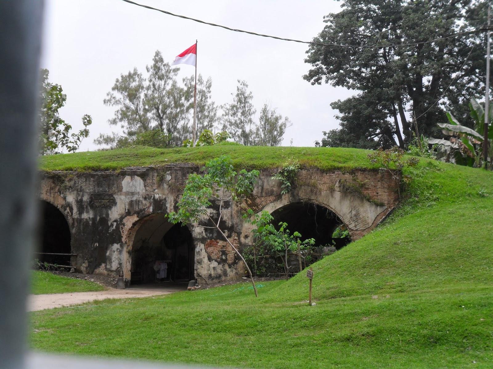 Live Benteng Van Den Bosch Pendem Ngawi Dekat Pasar Alun
