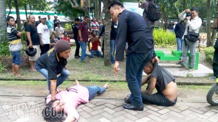 Pria Duel Selingkuhan Istri Alun Ngawi Kab