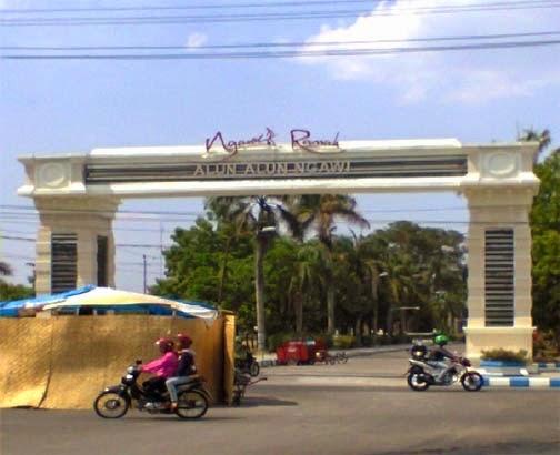 Soal Revitalisasi Alun Ngawi Kadis Pptk Lempar Tanggung Jejak Kasus