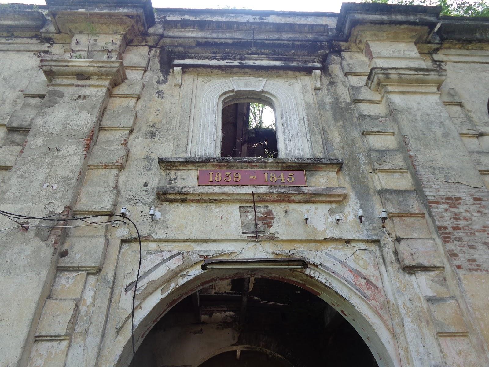 Benteng Van Den Bosch Abad 19 Kota Ngawi Menjadi Salah
