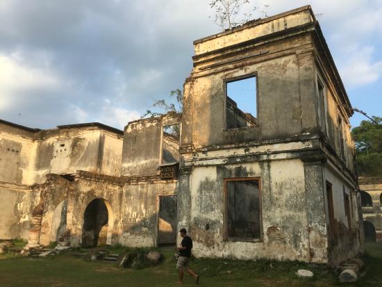 Fort Van Den Bosch East Java 2018 Photos Tripadvisor Benteng