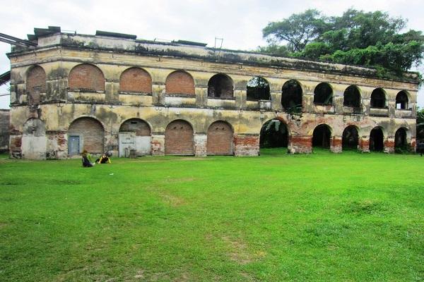 Peninggalan Sejarah Benteng Van Den Bosch Ngawi Kab