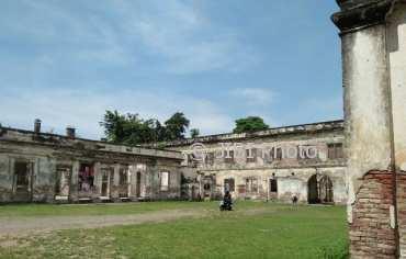 Wisata Ngawi Sejarah Benteng Pendem Kompleks Kantor Belanda Bangunan Kuno
