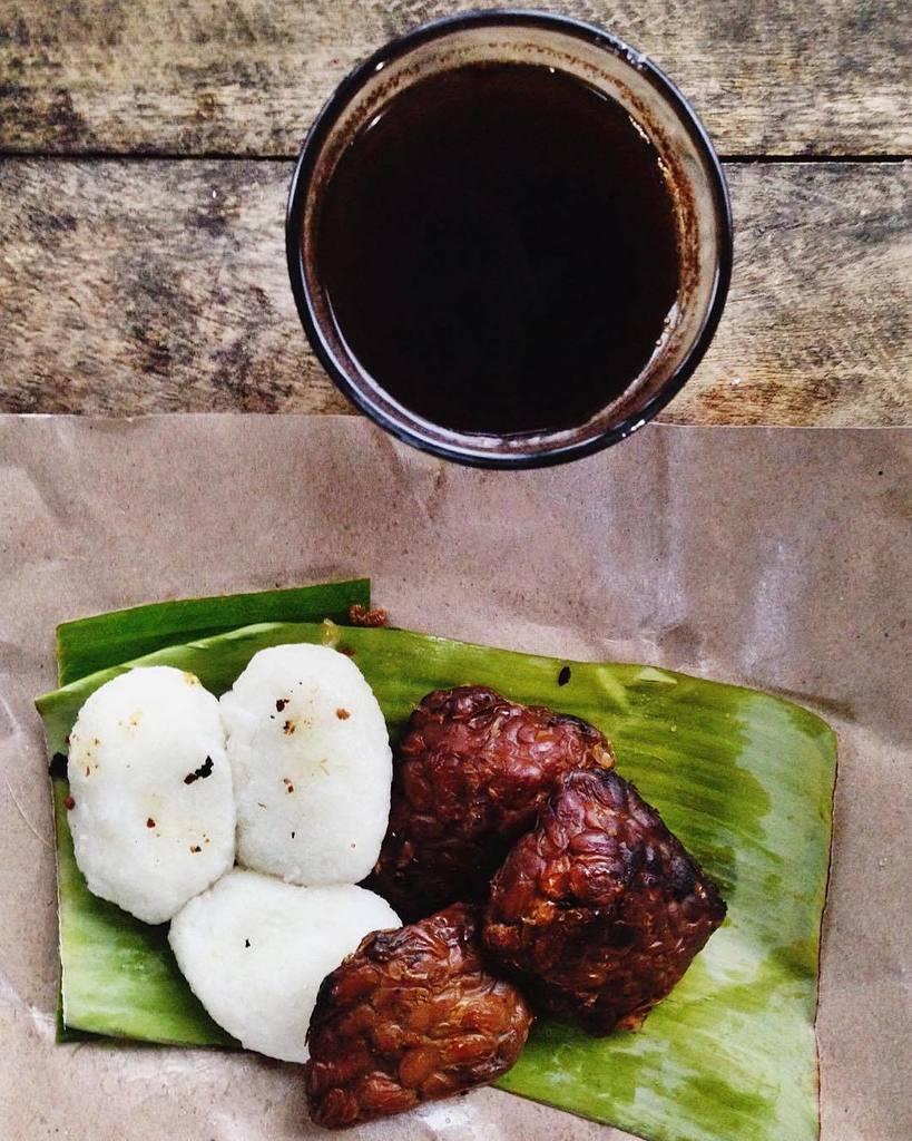 Fajar Apriliant Twitter Black Coffee Rp 10 000 Berisi 5