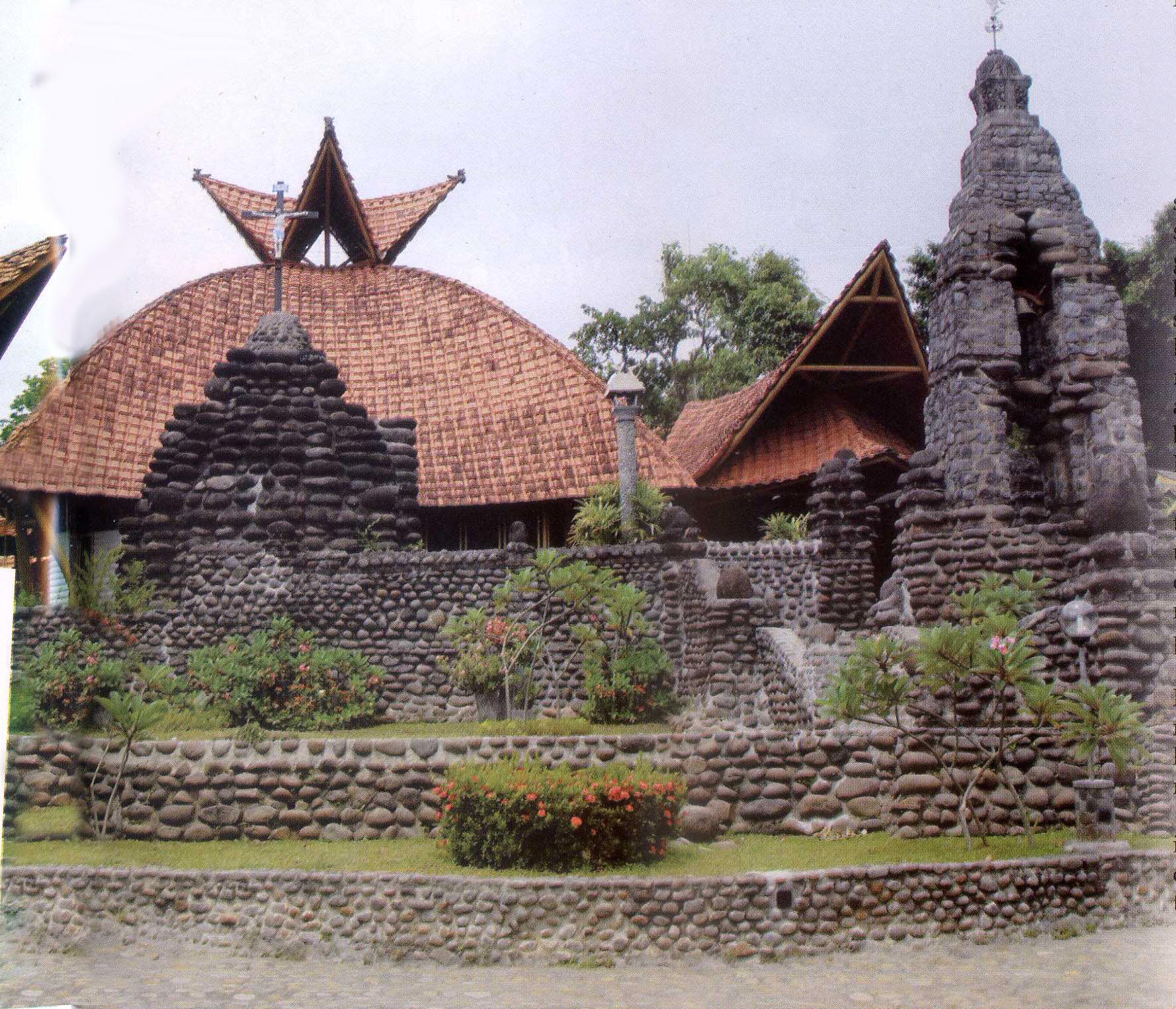 Gereja Tua Puh Sarang Pusaka Jawatimuran Natal Gapura Mushola Ponpes
