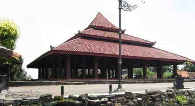 Masjid Auliya Setono Gedong Kota Kediri Pusaka Jawatimuran Gapura Mushola