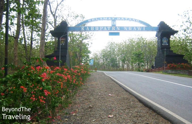 Traveling Sejenak Single Touring Ungaran Jepara Tayu Gerbang Masuk Kabupaten