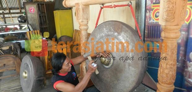 Pengrajin Gamelan Ponorogo Ngenes Teras Jatim Industri Kab Ngawi