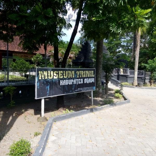 Photos Museum Trinil Manusia Purba Ngawi Jawa Timur Photo Raka