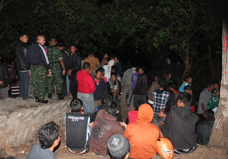 Bau Kemenyan Harapan Warnai Sakralnya Malam Syuro Srigati Pesanggrahan Kab