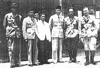 Dr Radjiman Wedyodiningrat Tokoh2 Duniaku Biografi Tokoh Dunia Memiliki Tentara
