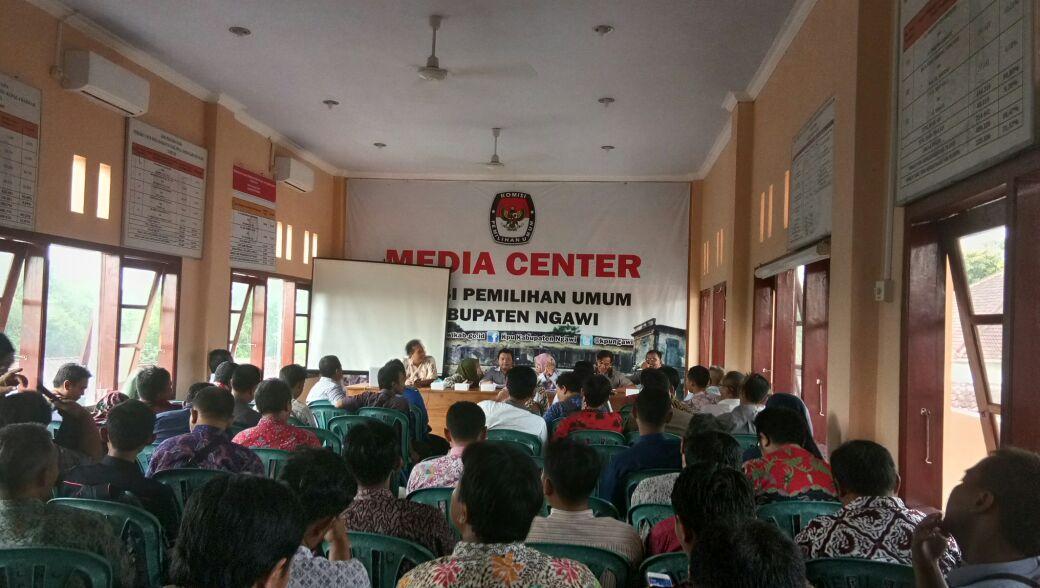Kegiatan Kpu Ngawi Pertemuan Tersebut Dihadiri Oleh Komisioner Sekretaris Calon