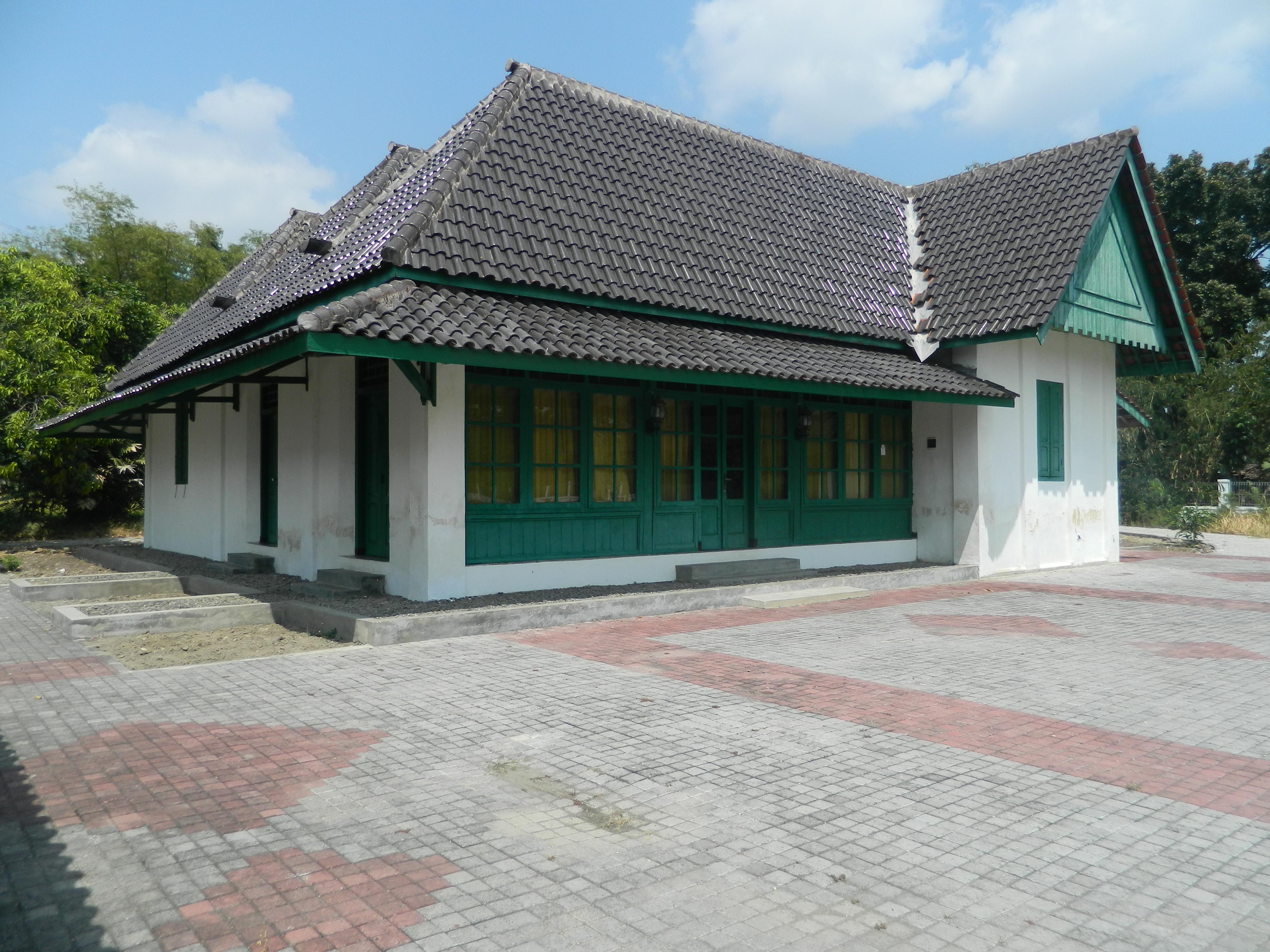 Museum Ngawikab Museumjatim Dscn5013 Rumah Dr Radjiman Wedyodiningrat Kab Ngawi