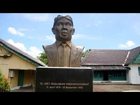Radjiman Wedyodiningrat Video Watch Hd Videos Online Melihat Kamar Pusaka