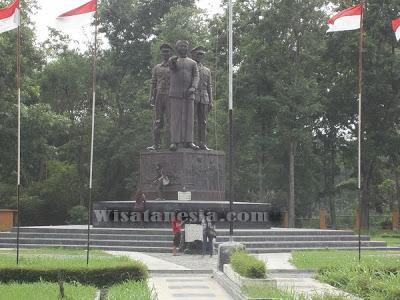 Wisata Ngawi Monumen Suryo Rumah Dr Radjiman Wedyodiningrat Kab