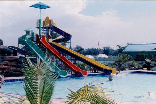 Taman Bermain Tirtonirmolo Arena Lengkap Luas Aneka Permainan Kolam Renang