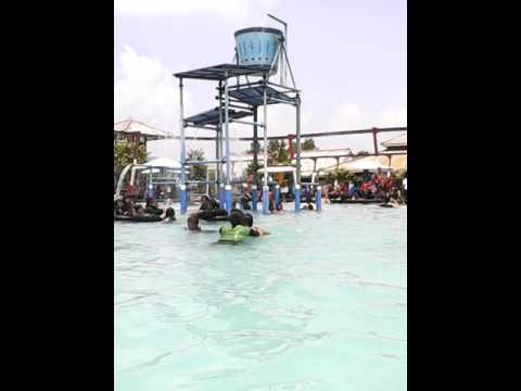 Waterboom Tirtonirmolo Tempuran Ngawi Youtube Taman Air Kab