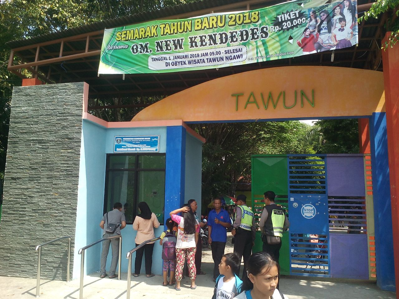 Patroli Tempat Wisata Pemandian Tawun Taman Kab Ngawi