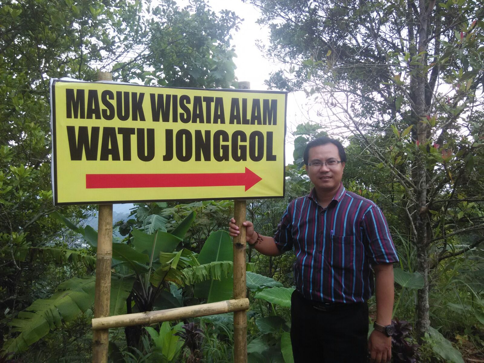 Wiyak Bumi Langit Wisata Alam Watu Jonggol Tidak Terasa Hampir