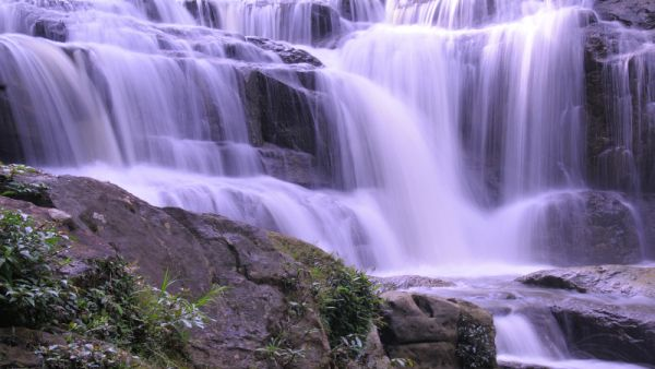 Empat Air Terjun Kaltara Menyejukkan Okezone Lifestyle Https Img Okeinfo