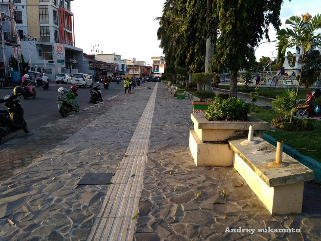 Nunukan North Kalimantan Penekindidebaya Membangun Daerah Pedestrian Alun Kab Kota