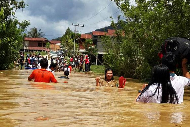 30 Desa Kecamatan Krayan Nunukan Terisolasi Akibat Banjir Long Bawan