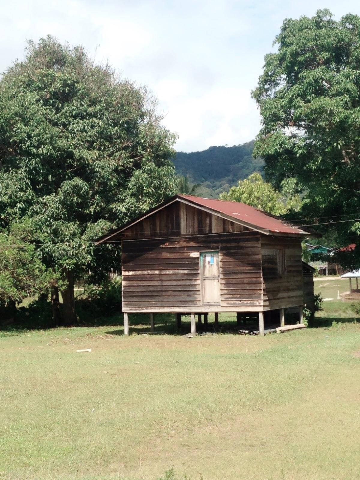 Dokumentasi Kunjungan Lapangan Kegiatan Kampung Sejahtera Long Rumah Penduduk Bawan