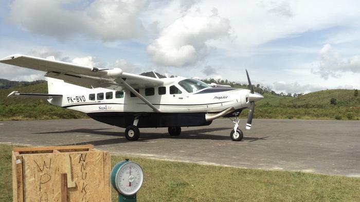 Tol Udara Rambah Bandara Long Ampung Bawan Tribun Kaltim Krayan