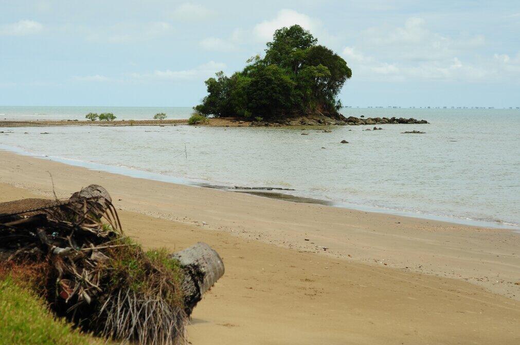 Budaya Baca Ayo Pulau Sebatik Pantai Batu Lamampu Gambar Terkait