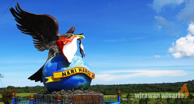 Monumen Nkri Harga Mati Tunawisma Siang Panas Justru Menjadi Momen