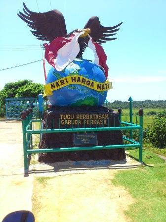 Nasionalisme Batas Negeri Oleh Fariastuti Djafar Kompasiana Tugu Perbatasan Garuda