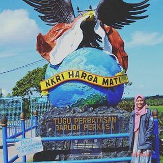 Tag Duanegara Instagram Pictures Instarix Photo Raraayunii Loc Tugu Perbatasan