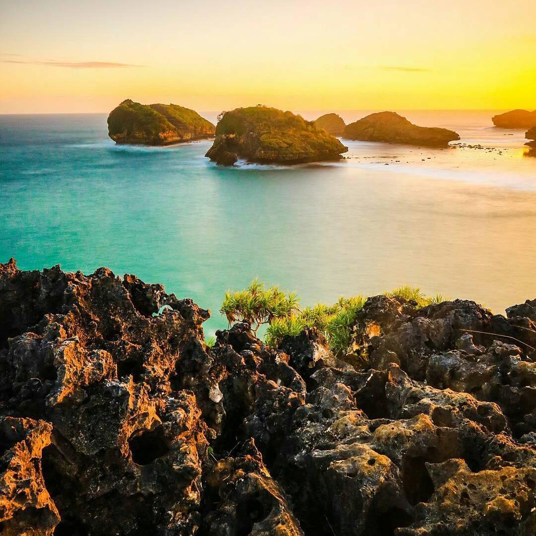 43 Objek Wisata Pacitan Wajib Kalian Kunjungi Travel Story Foto