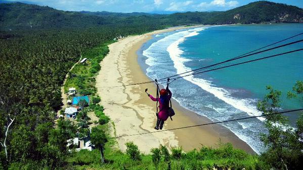 Pantai Indah Menawan Pacitan Salingshare Kedua Berenang Kolam Renang Tersedia